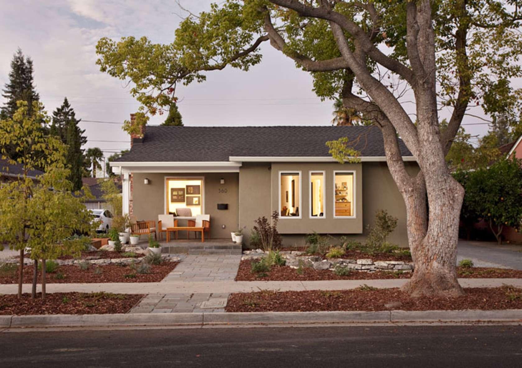 Contemporary Ranch Home Exterior