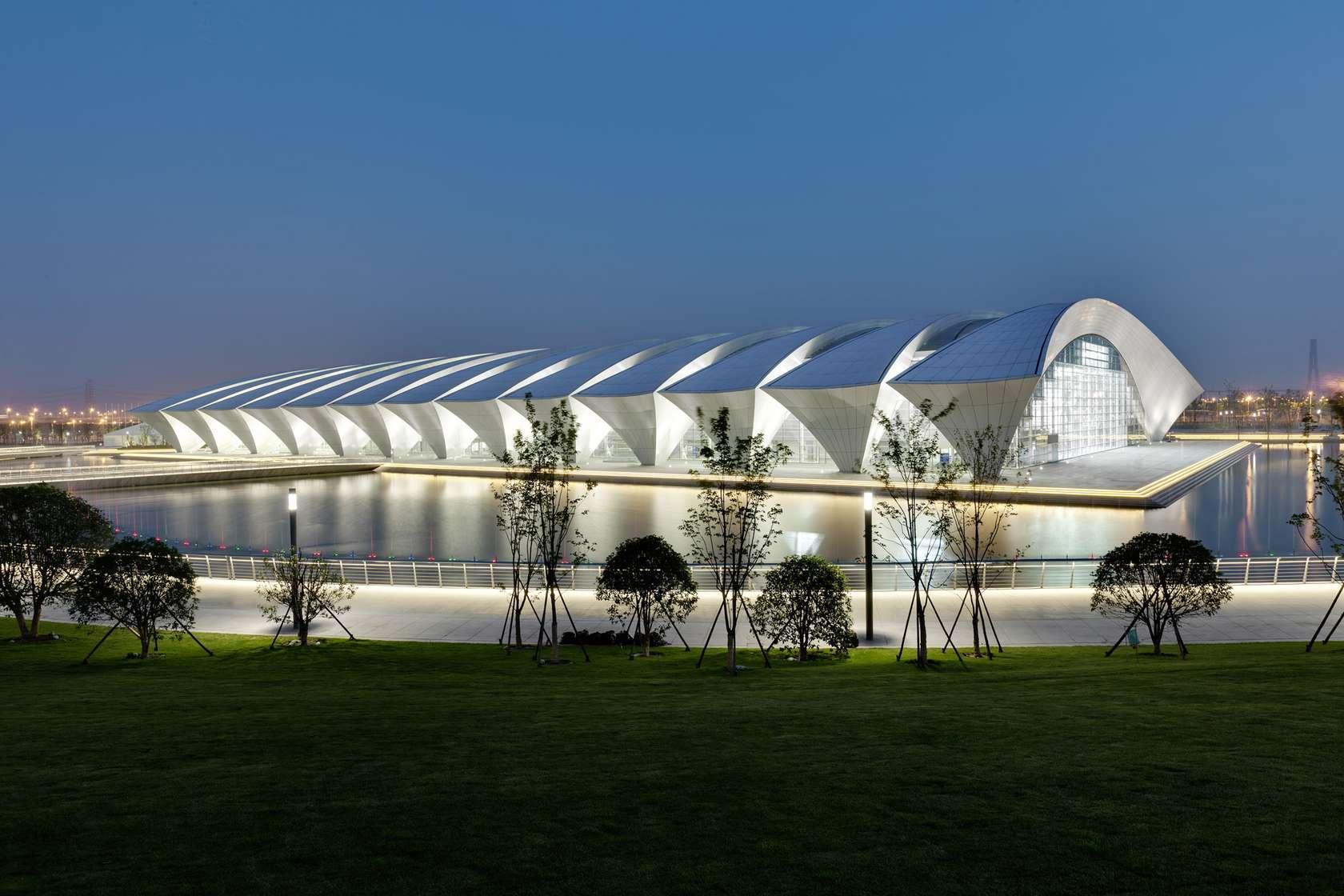 Kunshan Sports Center: Shanghai Oriental Sports Center