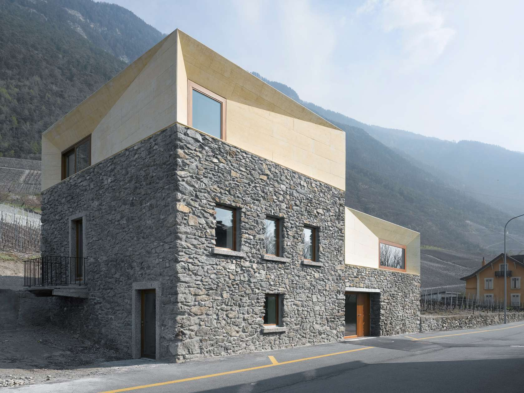 Flint Stone And Pebbles Buildings That Marry Traditional