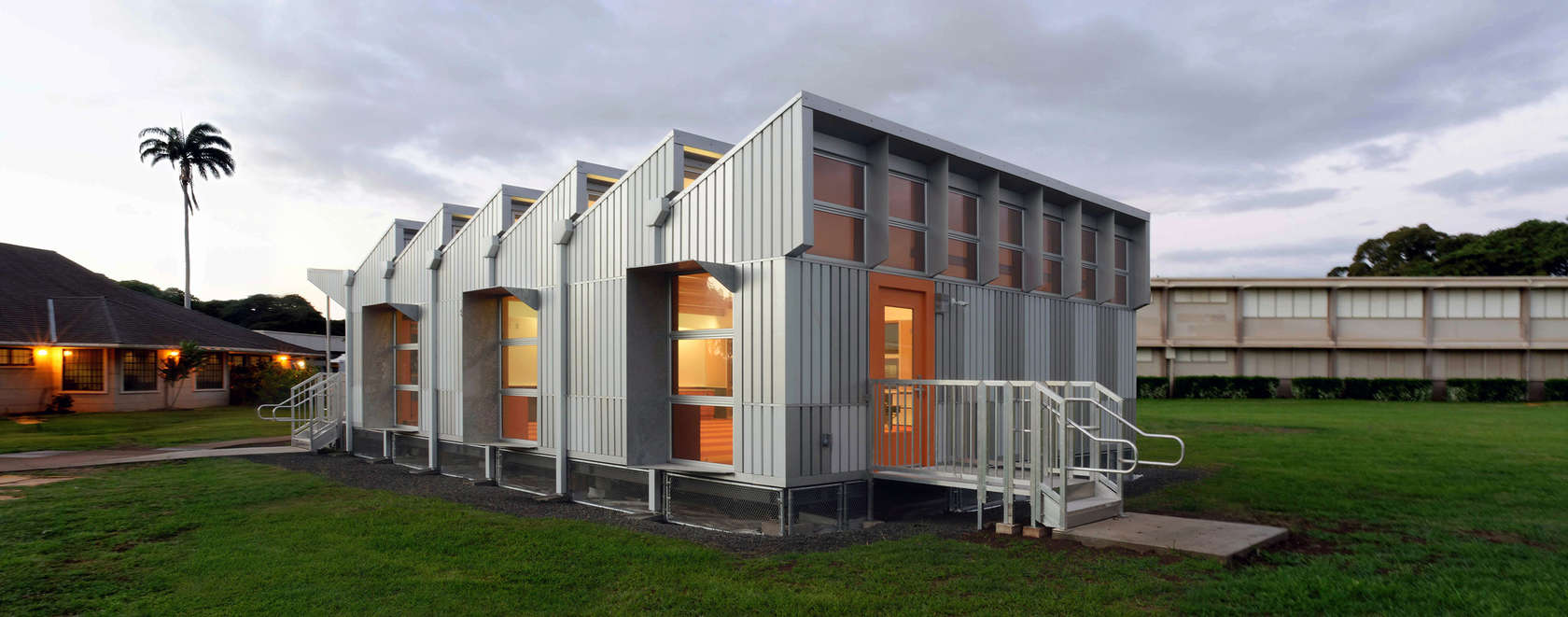 Energy positive relocatable classroom architizer for Anderson architects