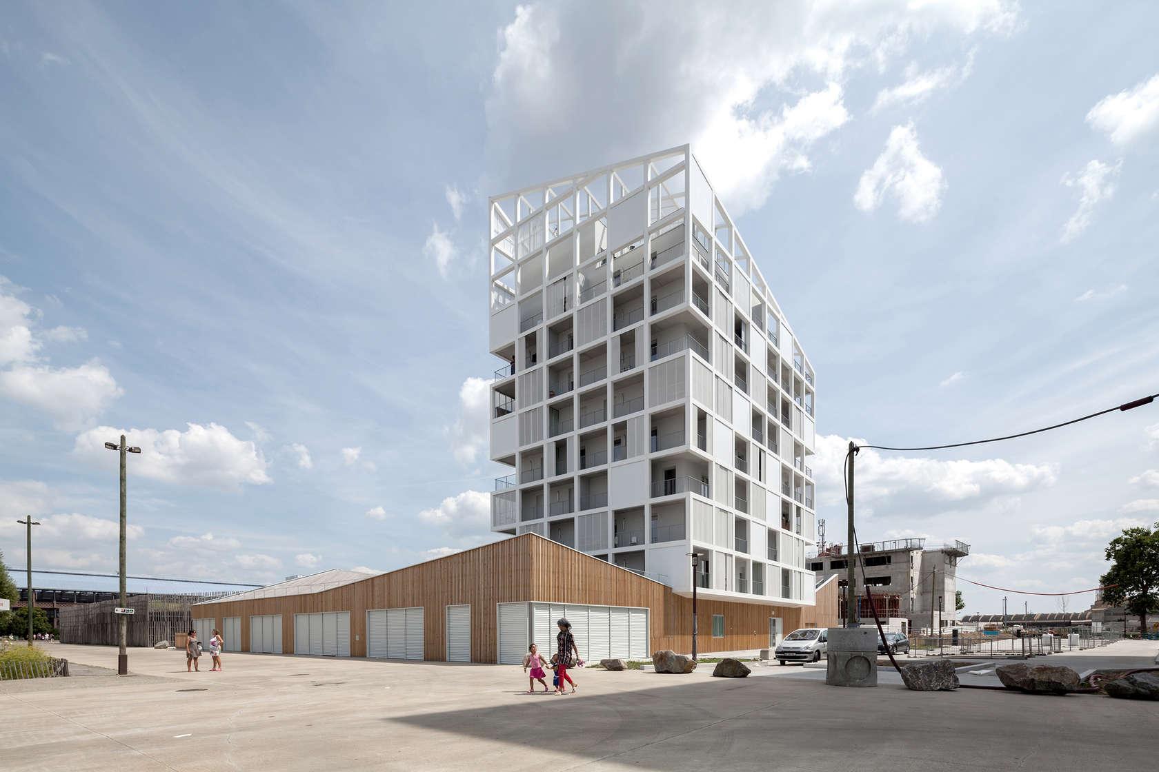 Ile de nantes oiseau des iles architizer for Architecture nantes