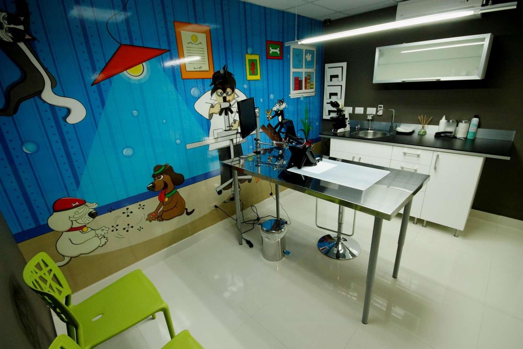 Clinica veterinaria petcare architizer - Diseno de clinicas veterinarias ...