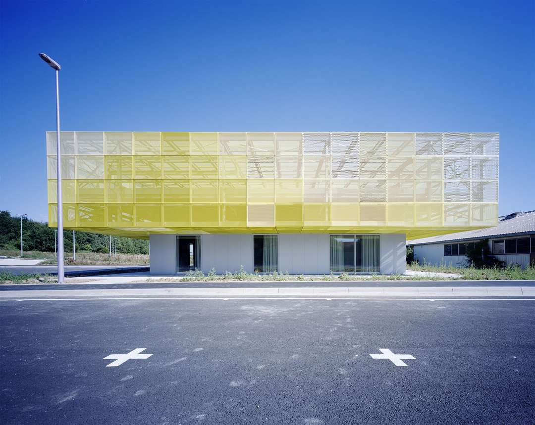 Architizer architects buildings and building products for Architecte coulommiers