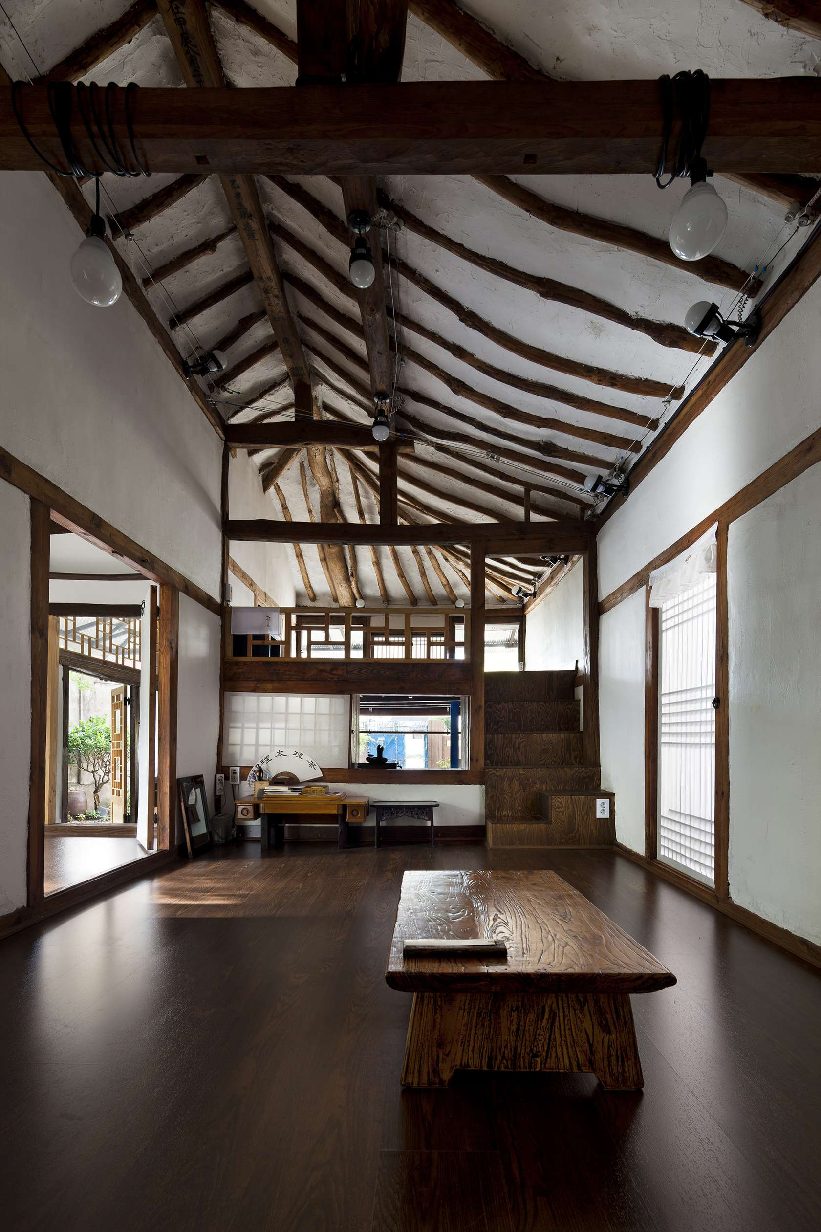 Neo traditional korean homes 6 modern updates on the vernacular style