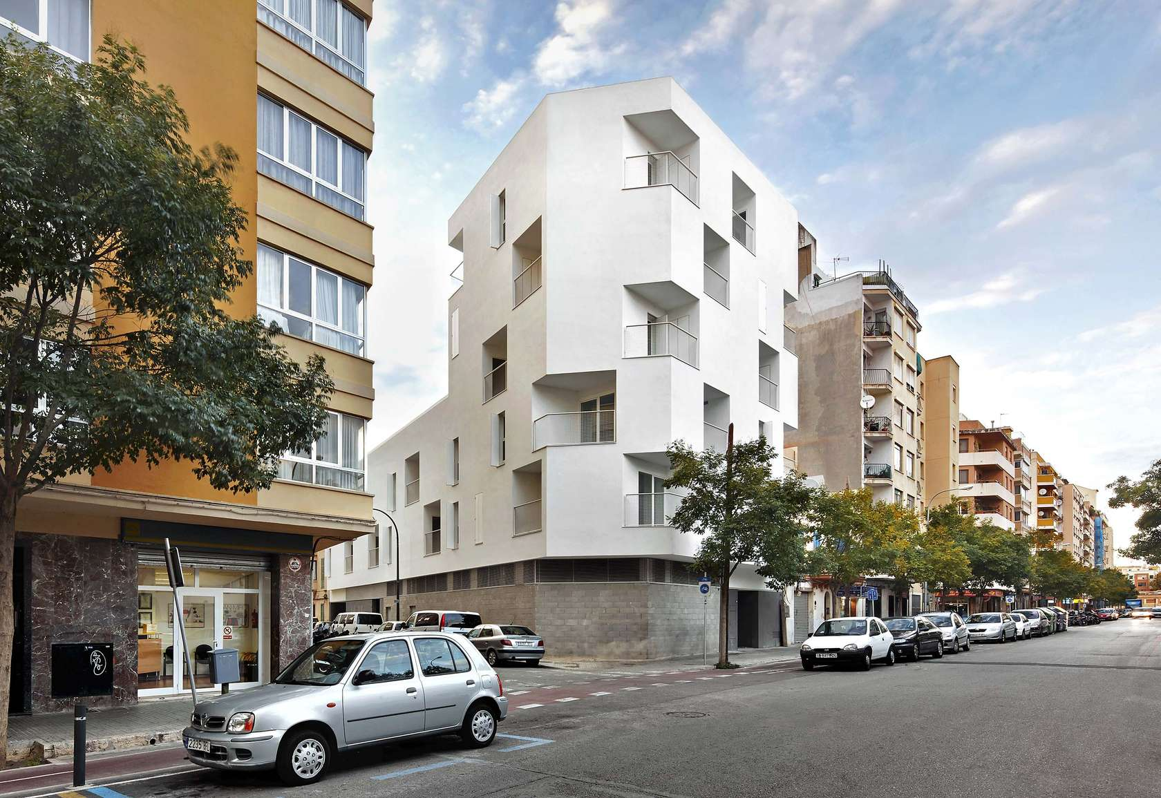 Image Gallery Low Income Apartments In Spain