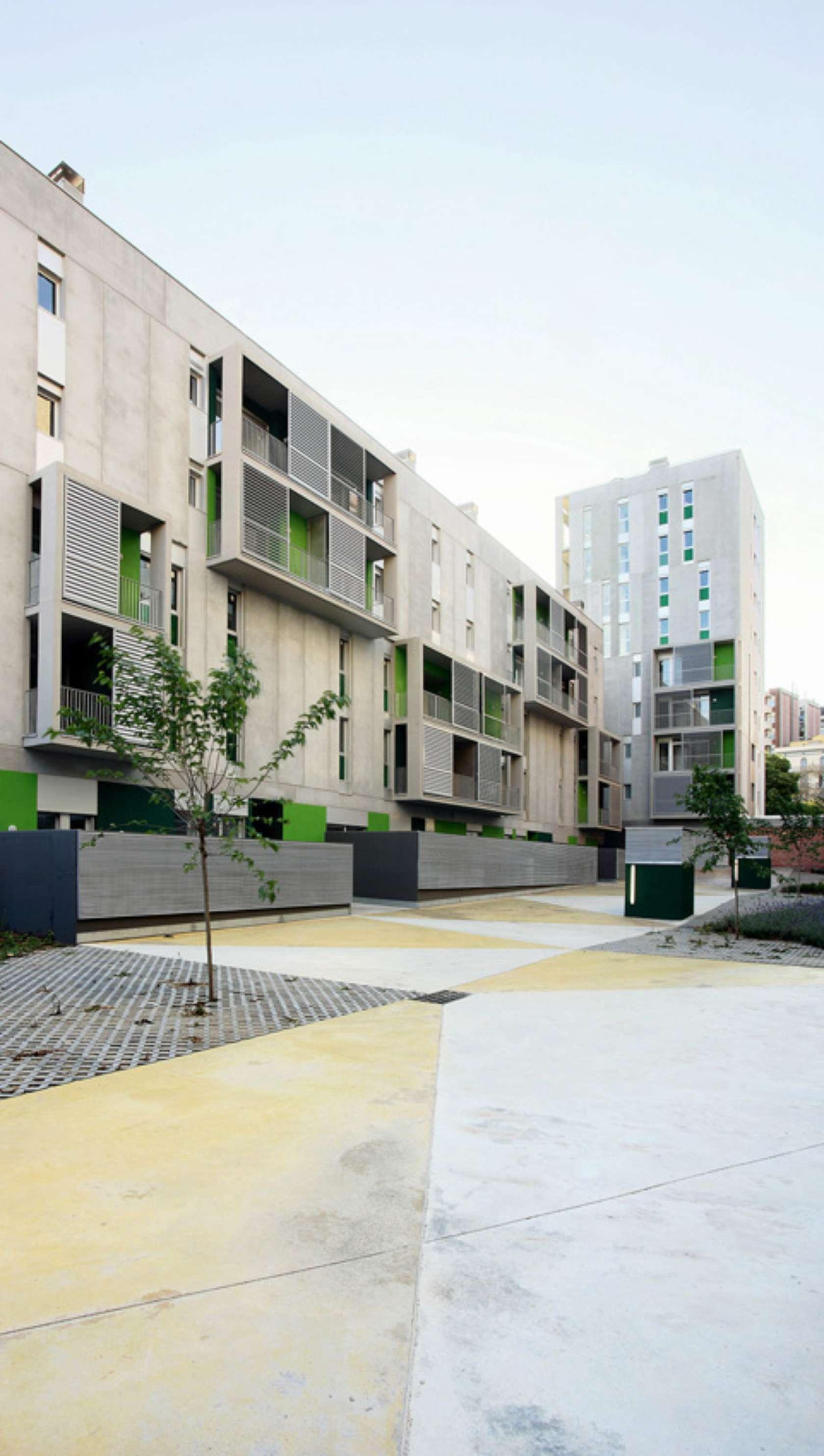 58 social housing les corts architizer - Flexo arquitectura ...