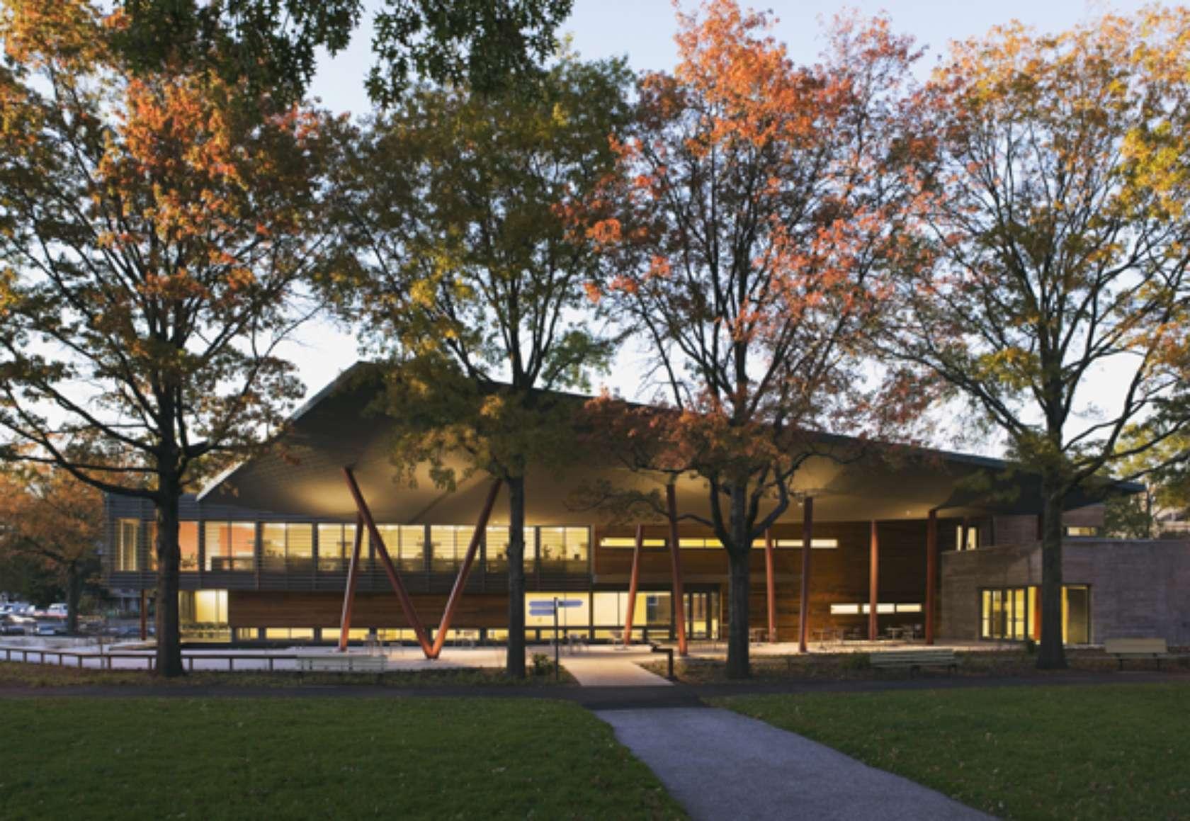 Queens Botanical Garden Visitor Administration Center
