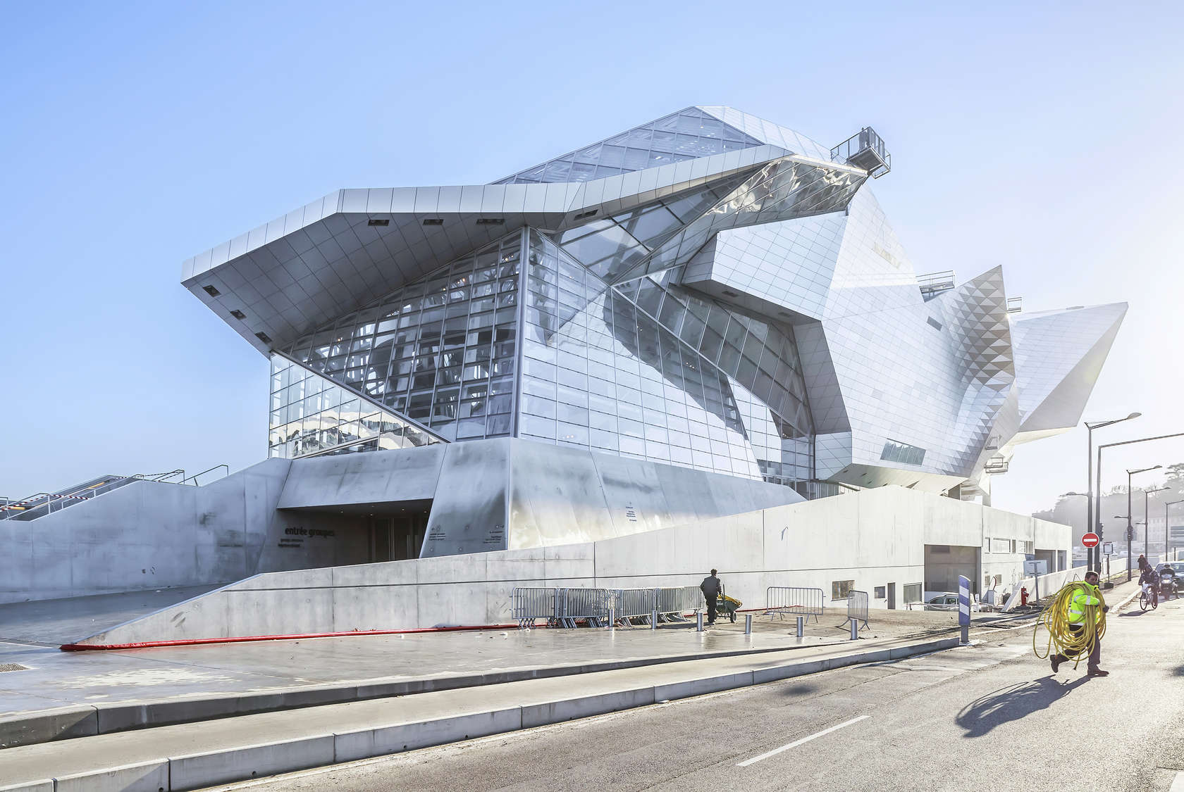 Musee des confluences architizer for Serrurier lyon prix