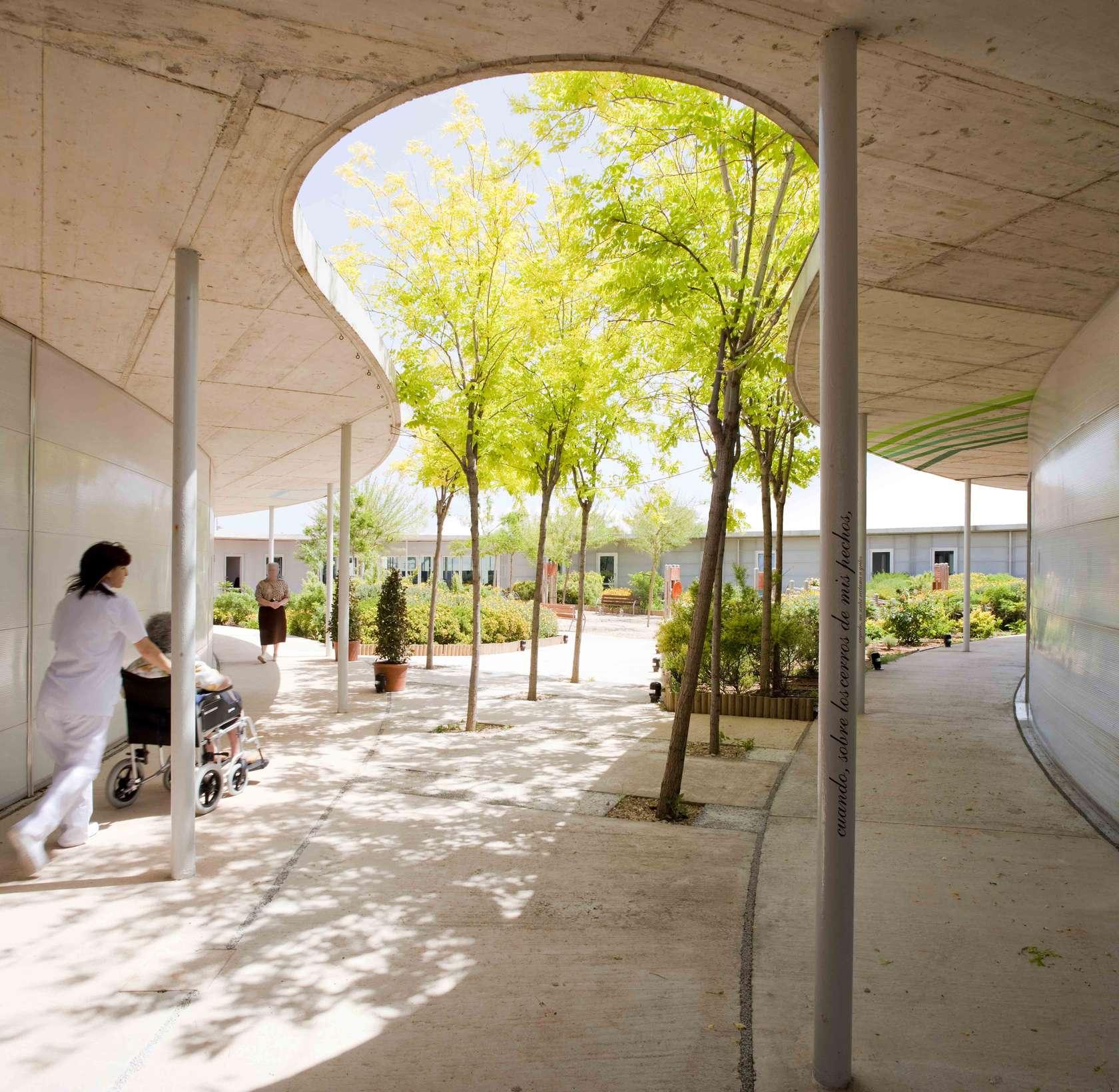 Top 90 Healthcare Architecture Firms Building Design: Santa Rita Geriatric Centre