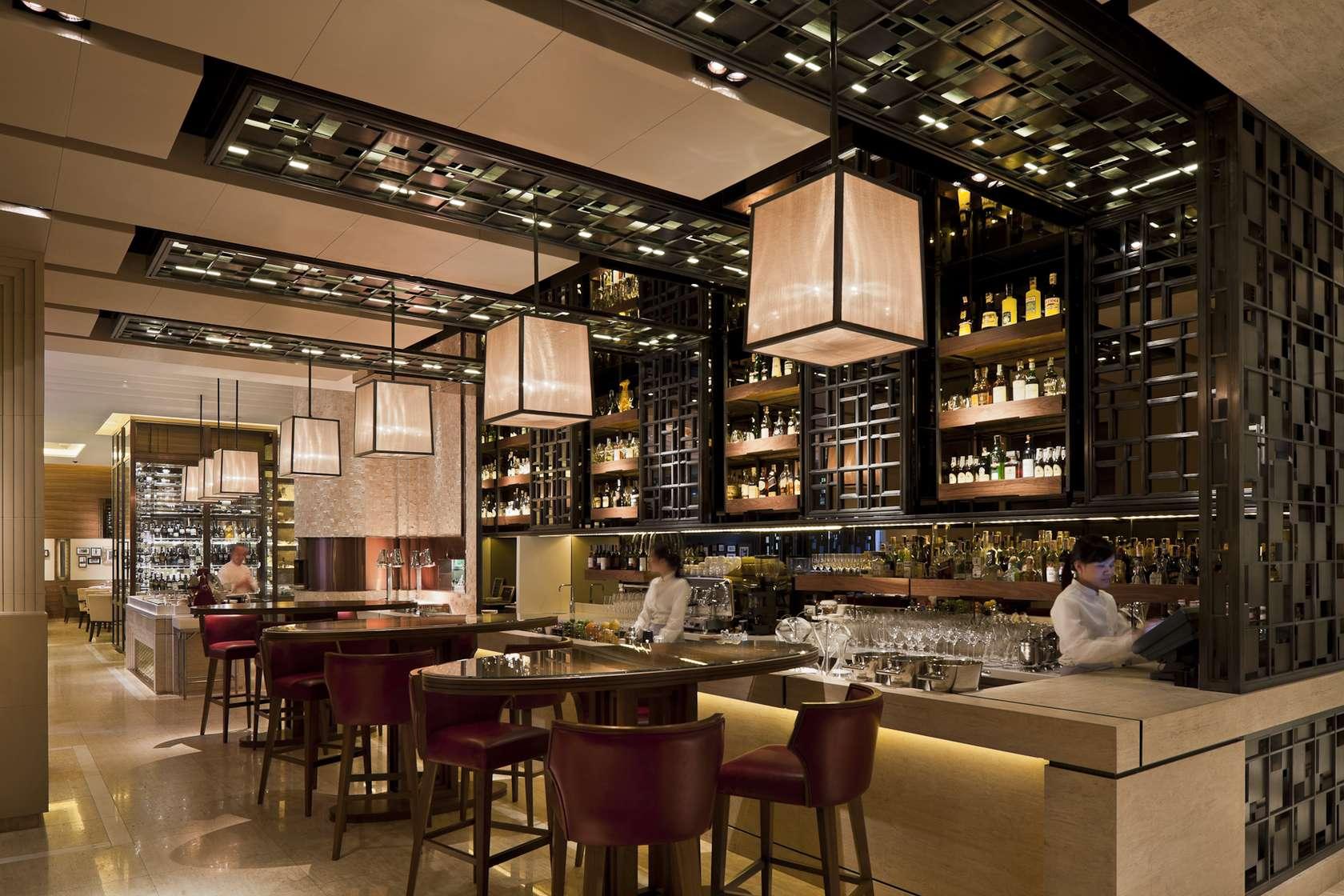 Jojo restaurant st regis hotel bangkok architizer for Table design for restaurant