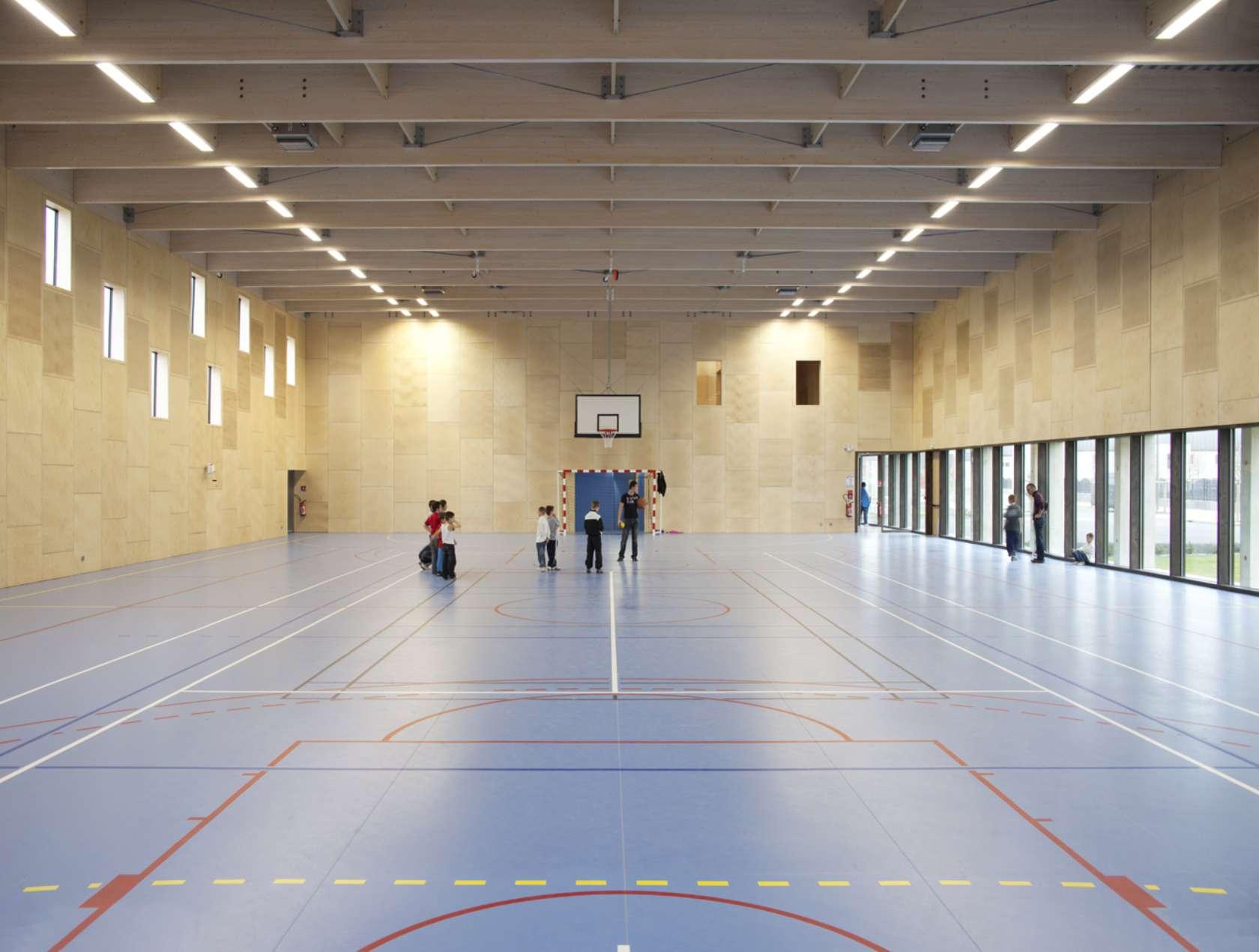 calais salle de sport architizer