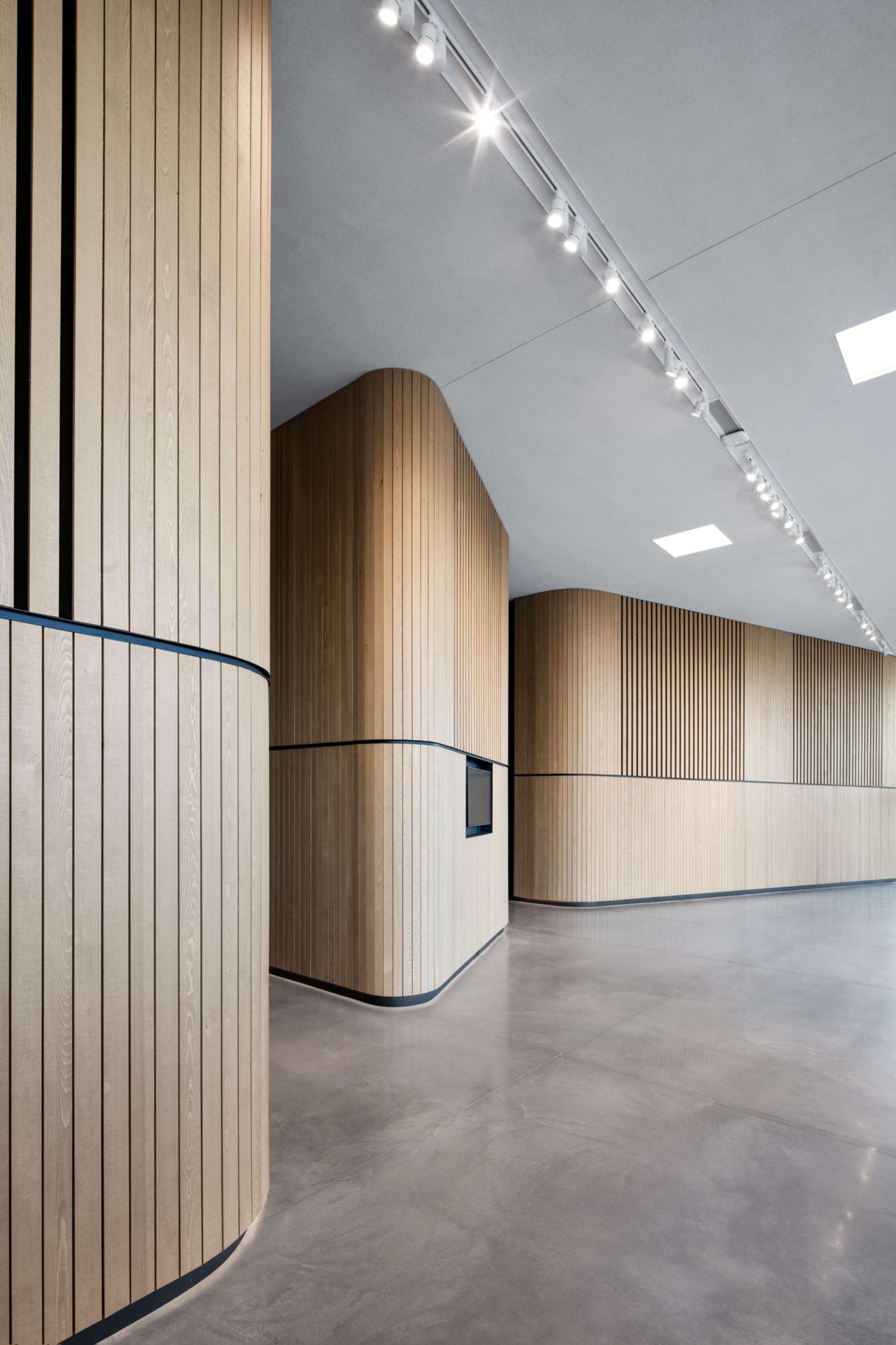 centre d 39 art diane dufr sne architizer. Black Bedroom Furniture Sets. Home Design Ideas