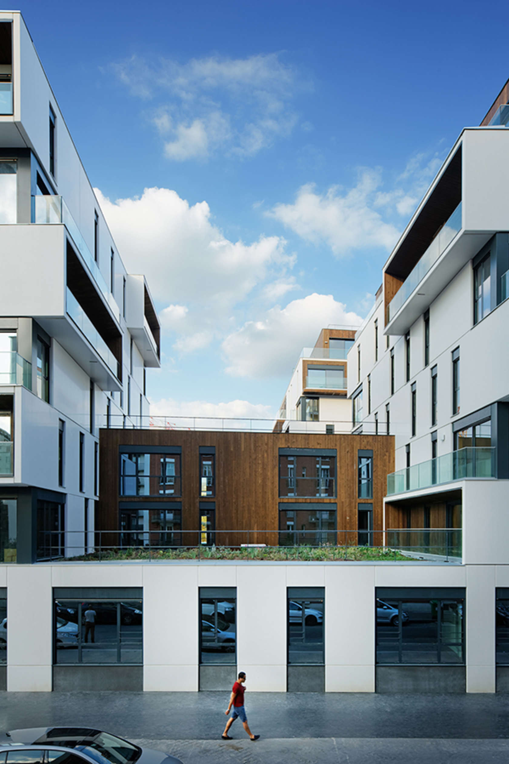 Housing and medical care in paris architizer for Apartment design concepts pdf