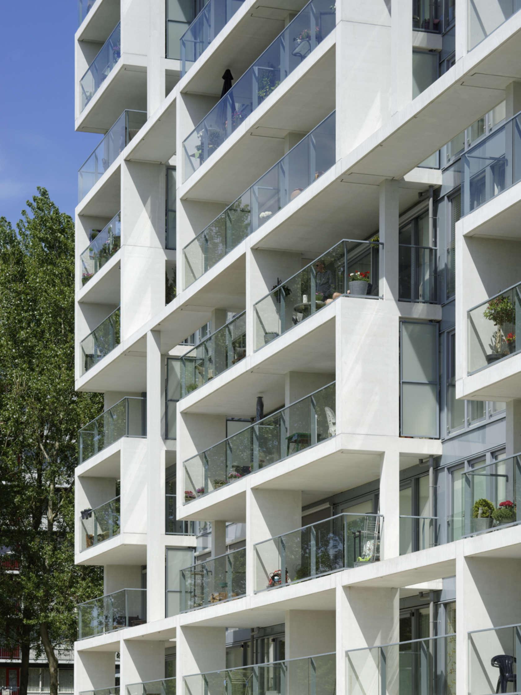 De nieuwe margriet architizer for Building balcony