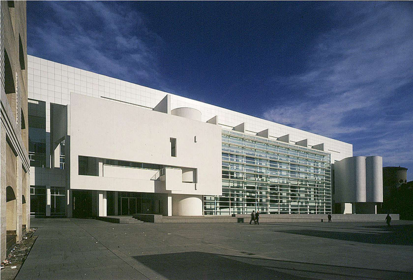 Richard meier image for Architect search