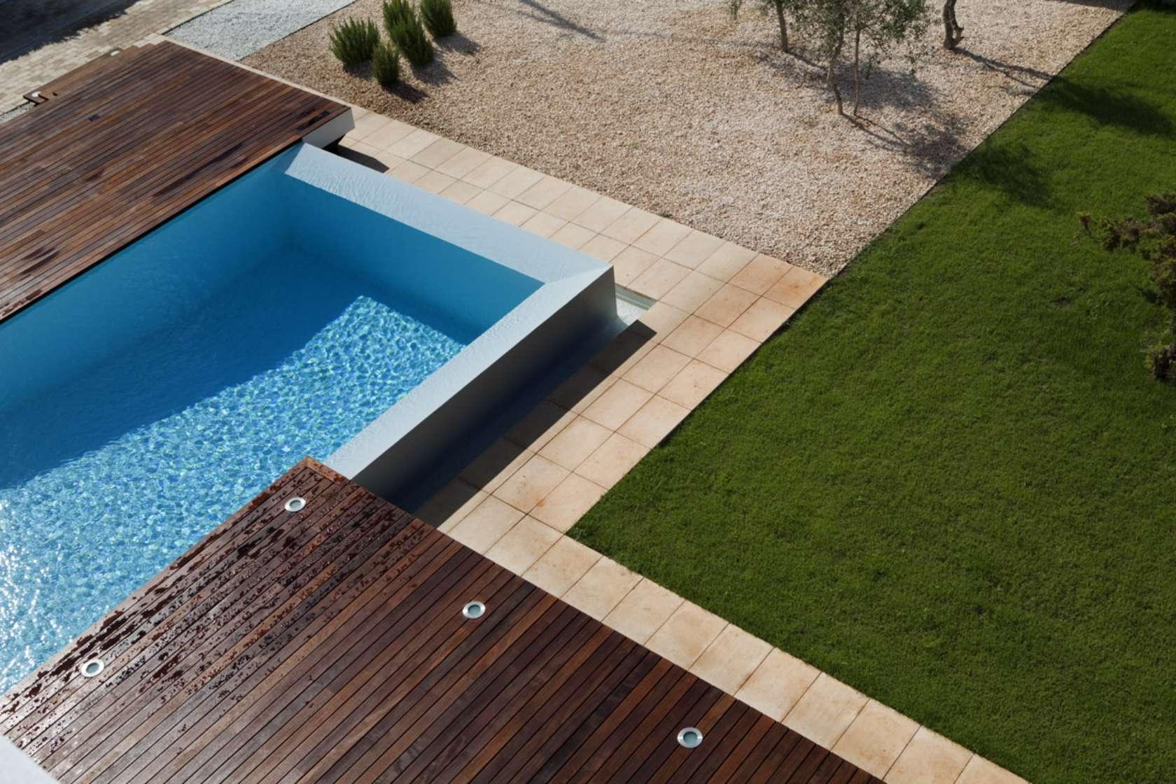 Private house in menorca architizer for Pavimento para alrededor piscina