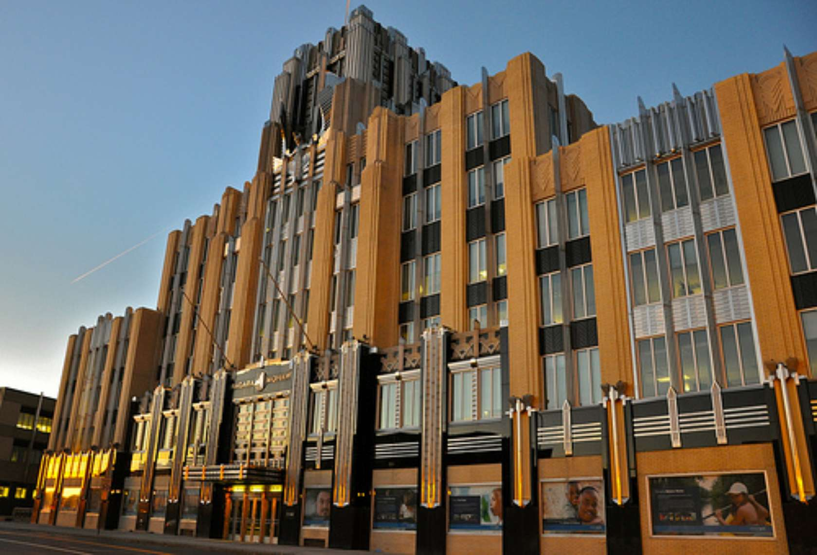 Great Gatsby Architecture 15 Rip Roaring Examples Of Art Deco Architizer