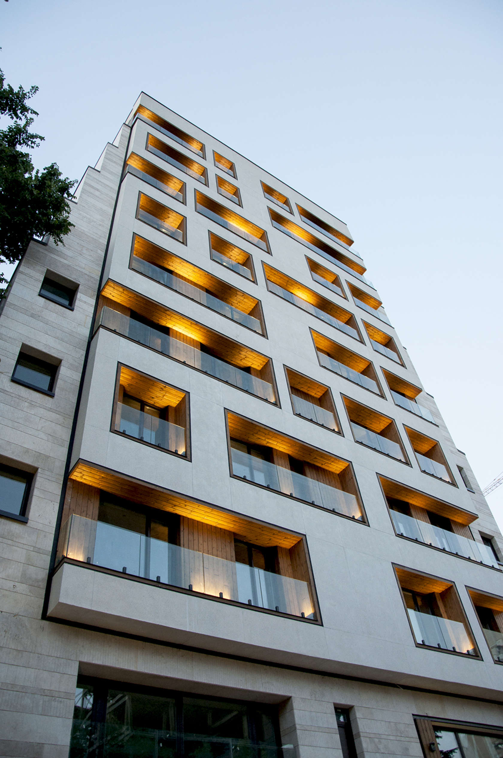 Haiat e elahie residential building d coration de la - Appartement atypique studio persian primavera ...