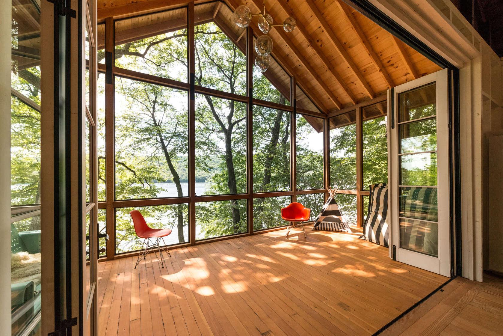 Putnam Valley Lake House