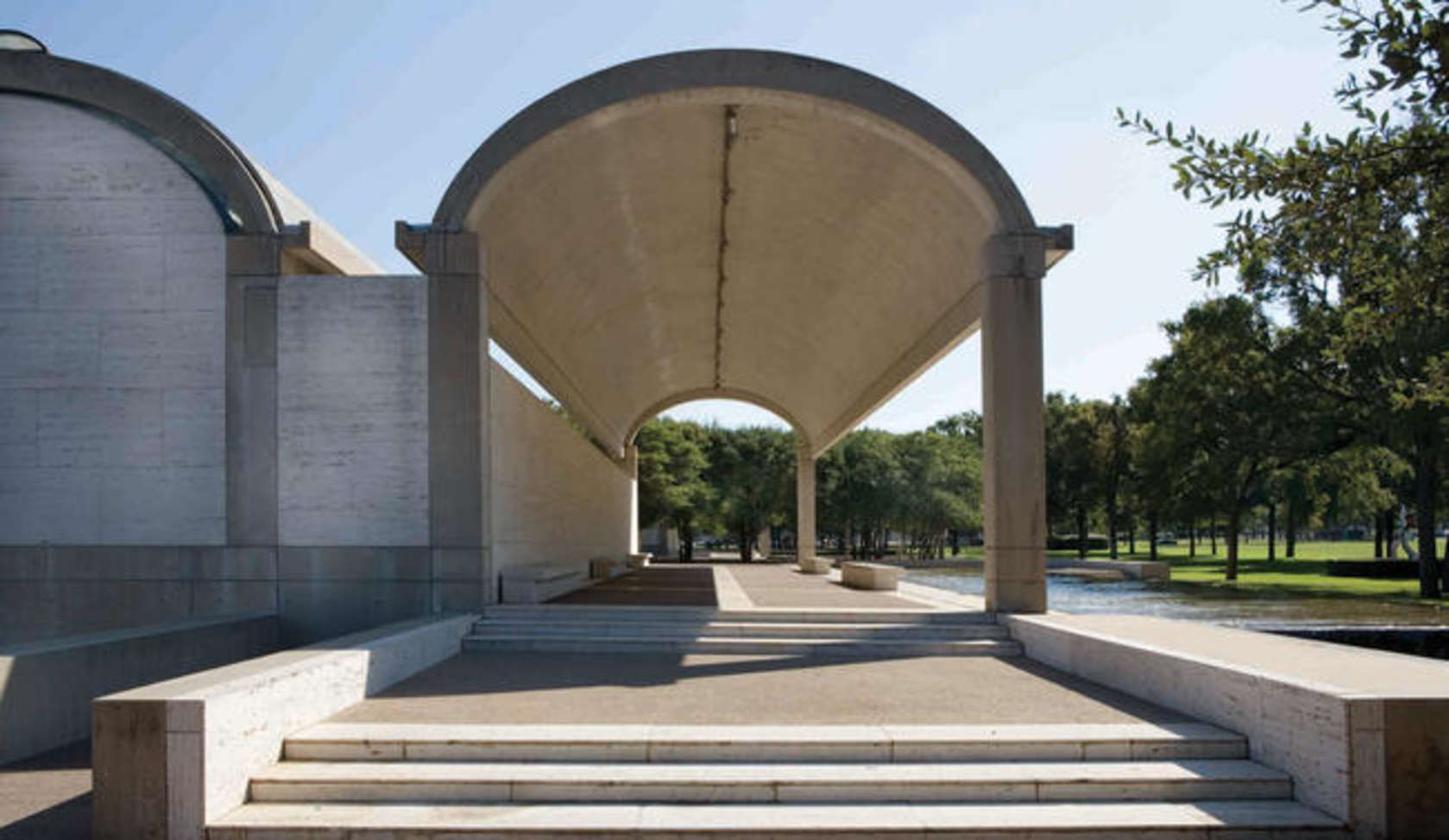Eau de Louis Kahn: Experience Kimbell Art Museum in a Bottle