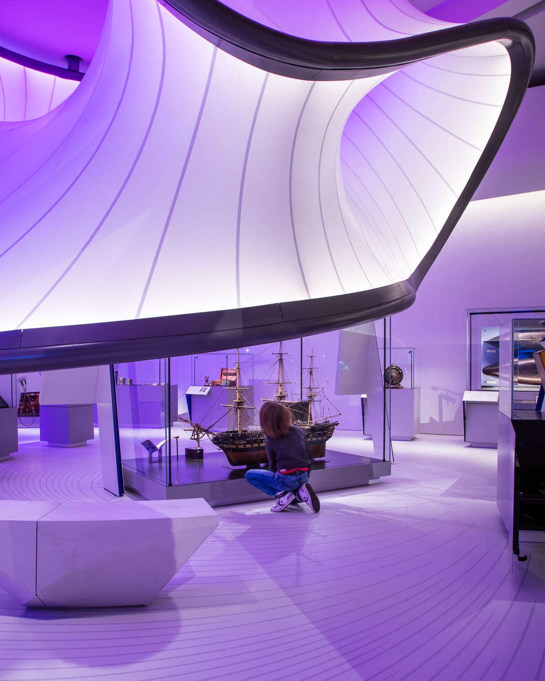 Zaha Hadid vodeći arhitekta sveta i njeni projekti - Page 2 764f565fddbfe7b040fd000d11c23440