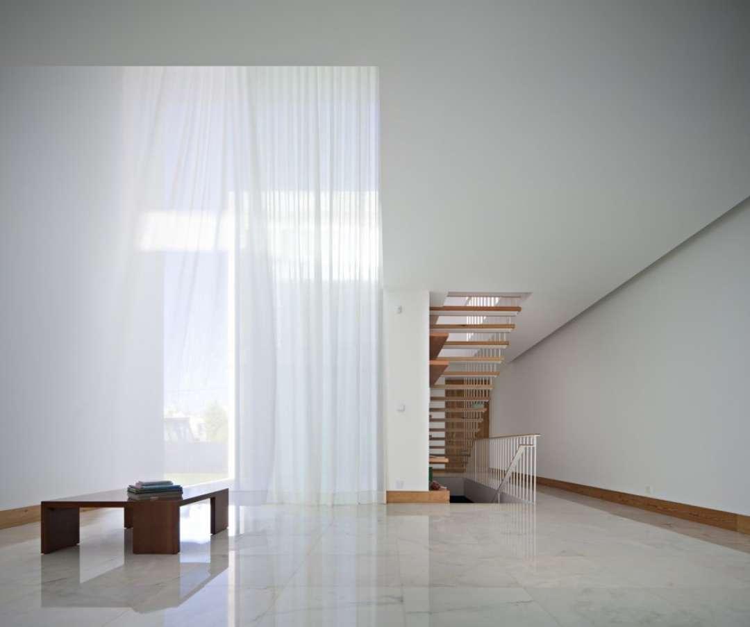 Gatsby 39 S Minimalist Curtains Architizer